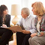 Pros and Cons of Living in a Retirement Community article thumbnail