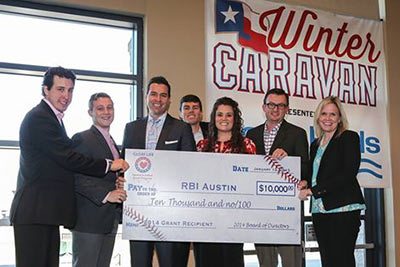 Globe Life and Texas Rangers Baseball Foundation Present $10,000 Grant to RBI Austin article thumbnail